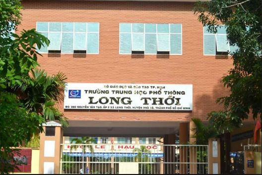 Kỷ luật thầy hiệu trưởng trường THPT Long Thới