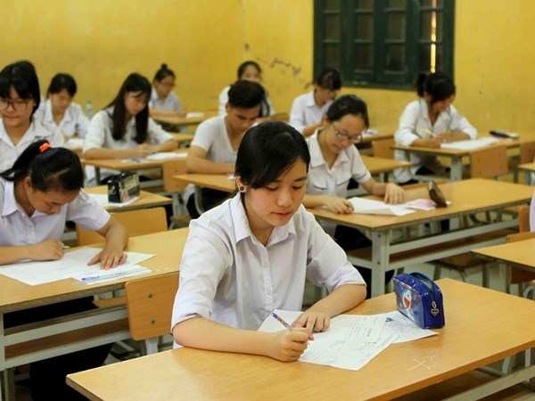 Khoảng 70.000 nghìn học sinh không được học lớp 10 công lập vào năm học tới